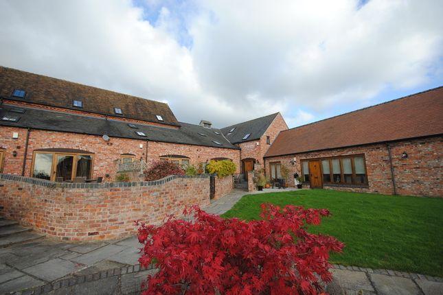 Thumbnail Barn conversion to rent in Walnut Tree Lane, Moreton, Newport