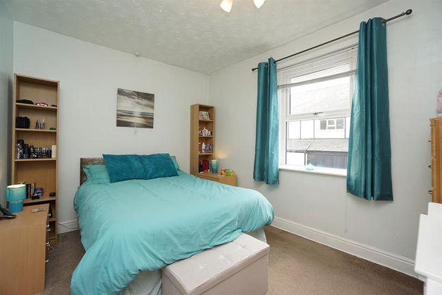 Master Bedroom of Peveril Road, Eckington, Sheffield S21