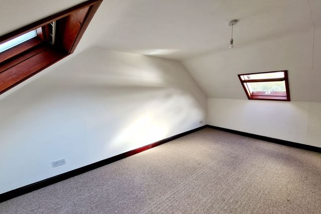 Attic Room of Riviera Estate, Malpas, Truro TR1