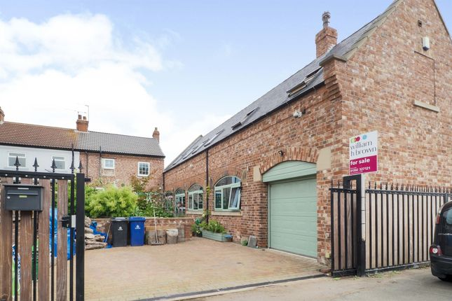 Thumbnail Detached house for sale in Cedric Road, Edenthorpe, Doncaster