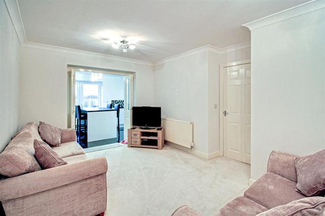 Livingroom2 of St. James Court, Castleford WF10