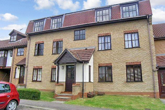 2 bed flat for sale in Dart Close, St. Ives, Cambridgeshire PE27