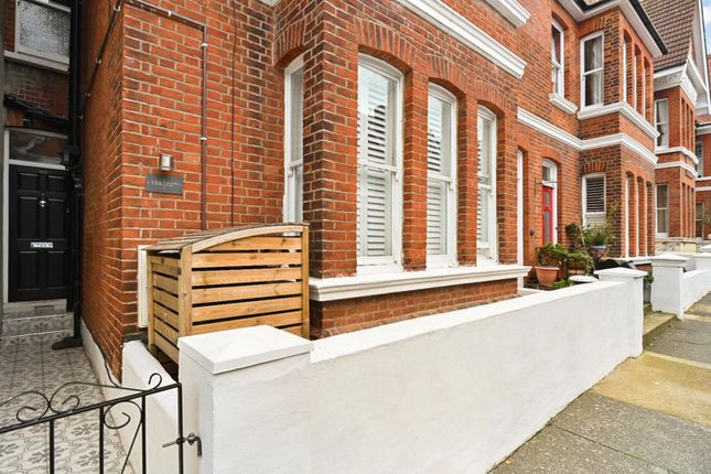 Thumbnail Flat to rent in Granville Road, Hove