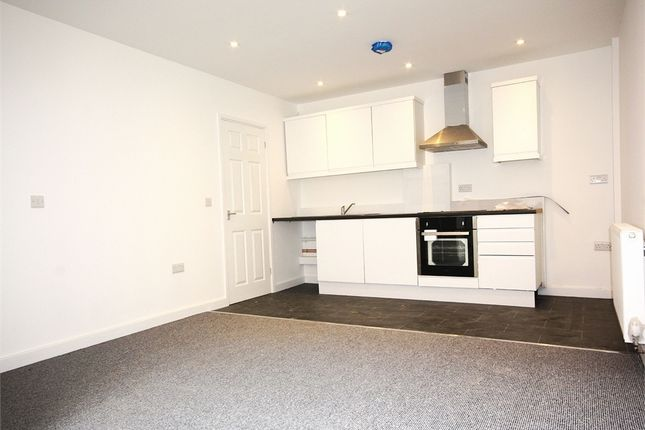 2 bed town house to rent in Silverdale Mews, Reigate Road, Basford, Nottingham