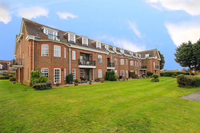 Thumbnail Flat for sale in Benningfield Gardens, Berkhamsted