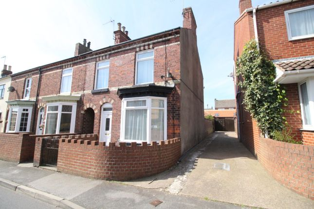 Thumbnail Terraced house for sale in Long Lane, Bridlington, East Yorkshire