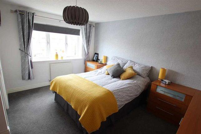 Master Bedroom of Kensington Way, Leeds LS10
