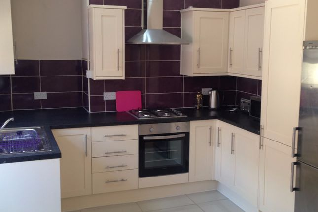 Thumbnail Terraced house to rent in Oakdale Road, Mossley Hill, Liverpool