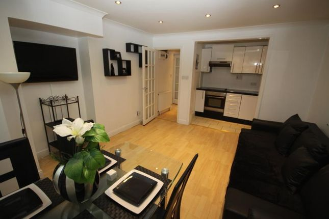 Thumbnail Flat to rent in Kidbrooke Park Road, Blackheath