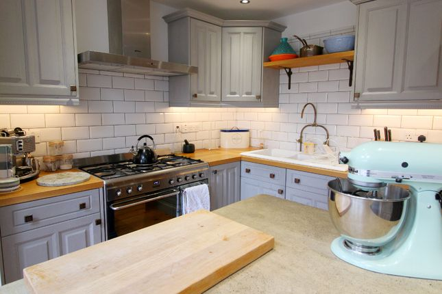 Kitchen of Willow Rise, Thorpe Willoughby, Selby YO8