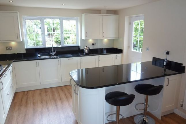 Thumbnail Detached house for sale in Pioden For, Barry