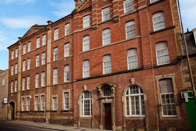 Causewayside Newington Edinburgh Eh9 2 Bedroom Flat To Rent 44001348 Primelocation