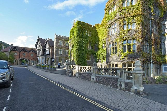 Picture No. 11 of St James' Court, Albert Road South, Malvern, Worcestershire WR14