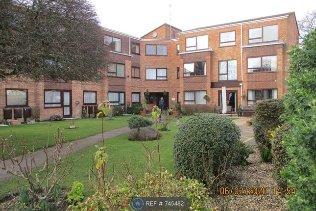 Thumbnail Studio to rent in Waverley House, New Milton