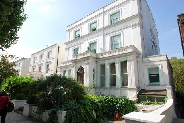 Flat to rent in Hamilton Terrace, London