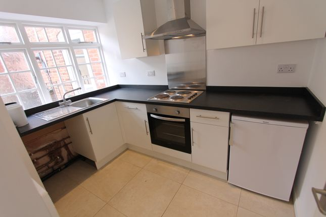 Thumbnail End terrace house to rent in The Knibbs, Smith Street, Warwick