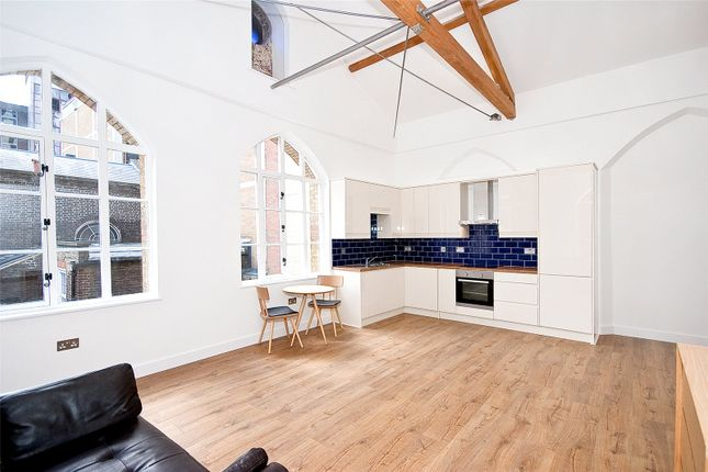 Thumbnail Flat for sale in Alie Street, Aldgate East