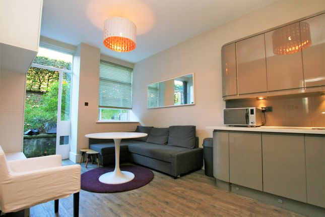 Thumbnail Terraced house to rent in The Lab Building, 177 Rosebery Avenue, Clerkenwell, Greater London