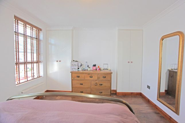 Thumbnail Terraced house to rent in Olinda Road, London