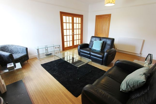 Livingroom of Greenbank Road, Morningside, Edinburgh EH10