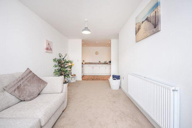 Lounge of Discovery Drive, Swanley, Kent BR8