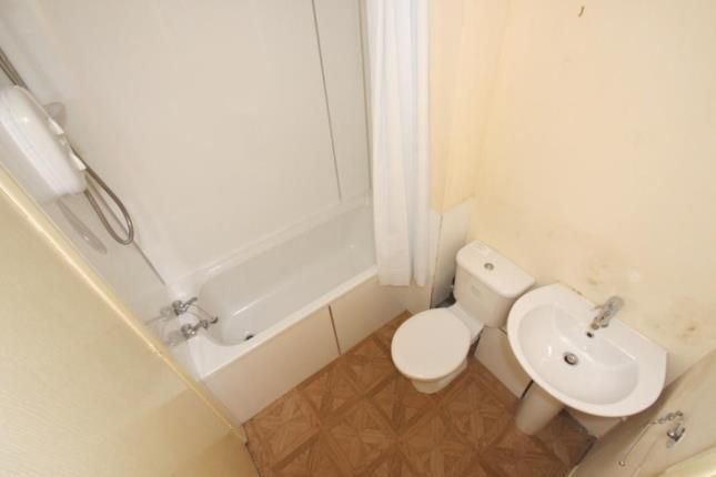Bathroom of Floors Court, Glenrothes, Fife KY7