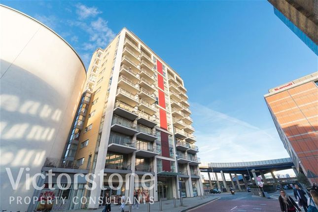 Thumbnail Flat to rent in 15 Hertsmere Road, Canary Wharf, London