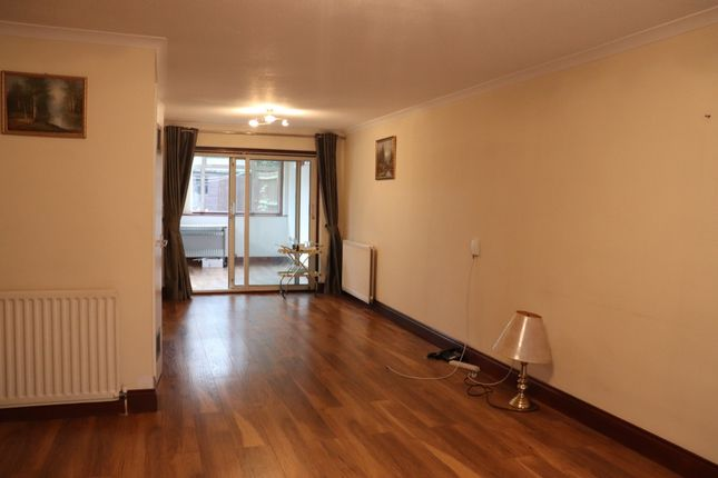 Thumbnail Terraced house to rent in Wilde Place, Palmers Green