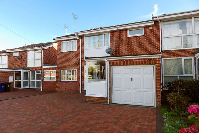 Thumbnail Terraced house to rent in Brooke Road, Banbury, Oxfordshire