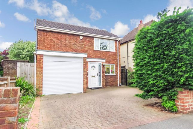 Thumbnail Detached house for sale in Blunham Road, Biggleswade