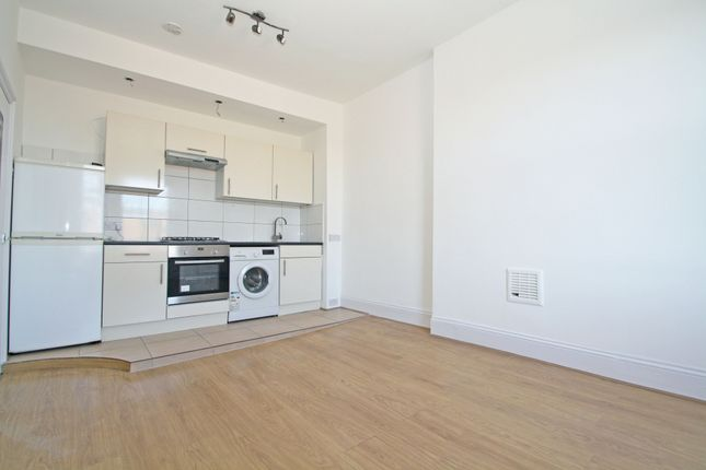 1 bed flat to rent in Church Road, London SE19