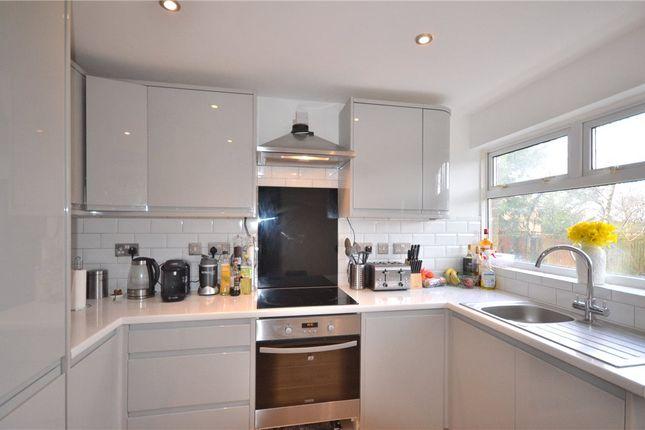 Thumbnail Terraced house for sale in Lingwood, Bracknell, Berkshire