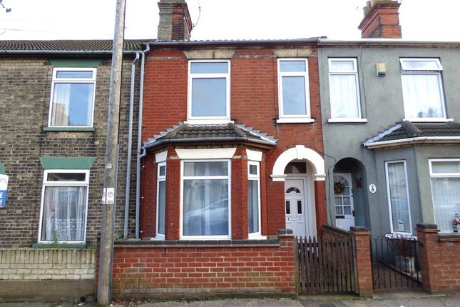 Thumbnail Terraced house to rent in Sussex Road, Lowestoft