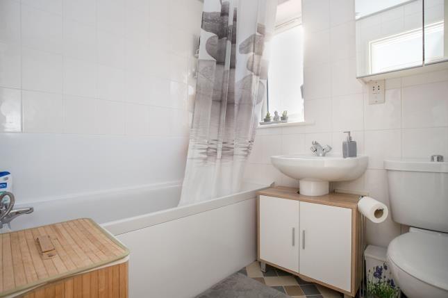 Bathroom of Willow Grove, Fishponds, Bristol BS16
