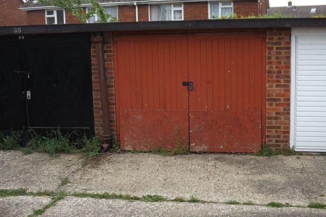 Parking/garage for sale in Radnor Road, Luton
