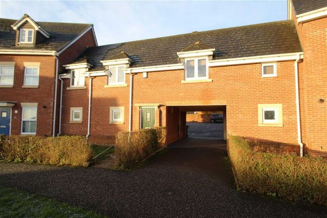 Thumbnail Flat to rent in Upper Well Close, Oswestry, Shropshire