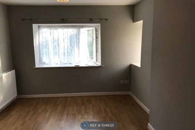 2 bed flat to rent in Old Pentremeurig Farm House, Carmarthen SA31