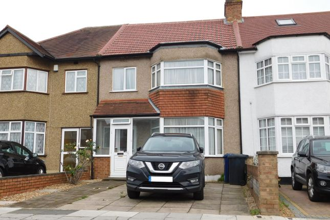 Terraced house for sale in Costons Lane, Greenford