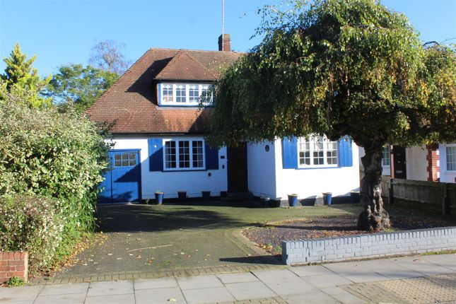 Thumbnail Property for sale in Meadway, High Barnet, Barnet