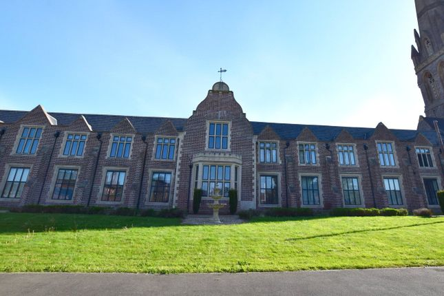 Thumbnail Flat to rent in Mount Dinham Court, Exeter