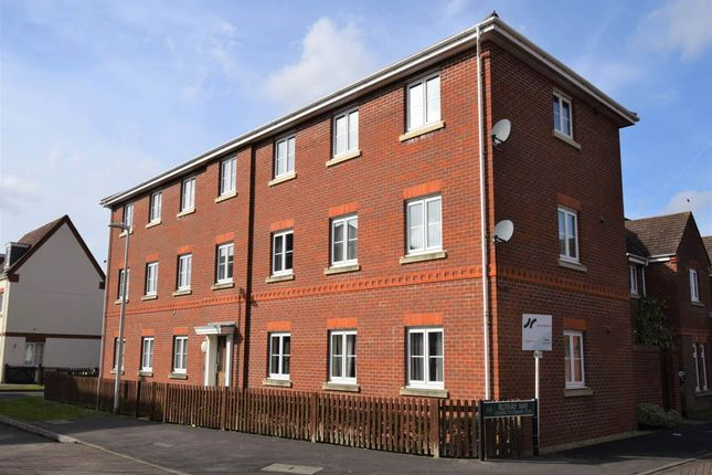 Thumbnail Flat to rent in Battalion Way, Thatcham, Berkshire