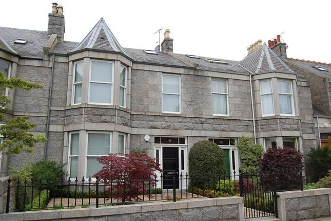 Thumbnail Terraced house to rent in Blenheim Place, Aberdeen, 25