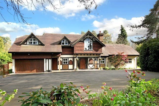 Thumbnail Maisonette for sale in St. Mary's Road, Ascot, Berkshire