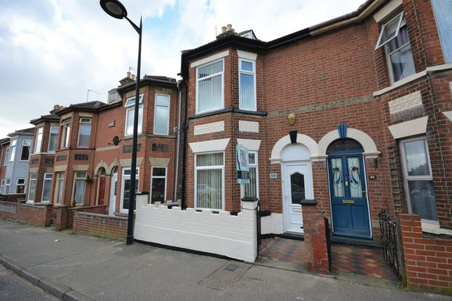 Thumbnail Terraced house to rent in Oxford Road, Lowestoft