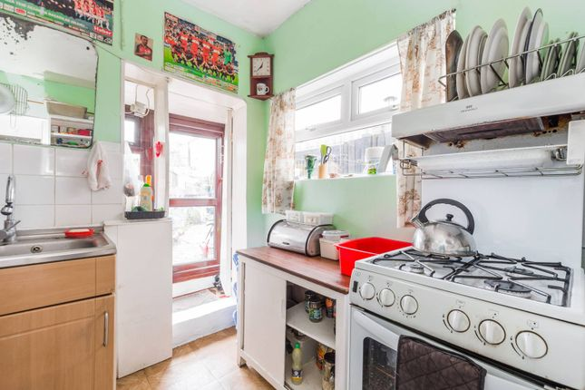 Thumbnail Terraced house for sale in Eleanor Road, Bowes Park