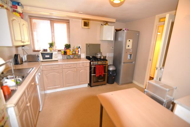 Kitchen of Oxford Street, Sheffield S6
