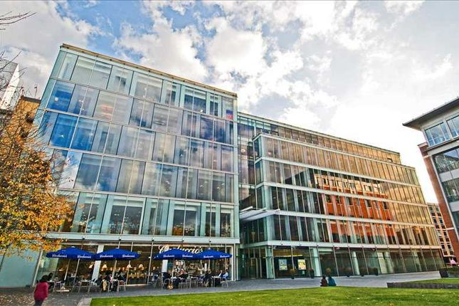 Serviced office to let in Davidson House, Reading