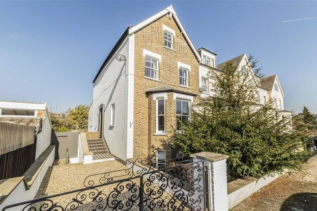 Thumbnail Property to rent in Ranelagh Gardens, London