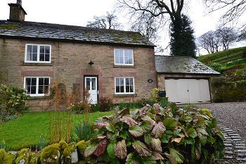 Thumbnail Cottage to rent in Ashmount Cottage, Wincle, Macclesfield, Cheshire