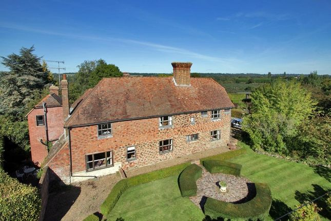 Thumbnail Detached house for sale in Water Lane, Hunton, Kent
